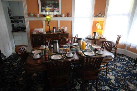 Keating House: Dining room set up for breakfast.