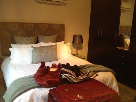 Villa Moyal Executive Apartment & Suites: Bedroom