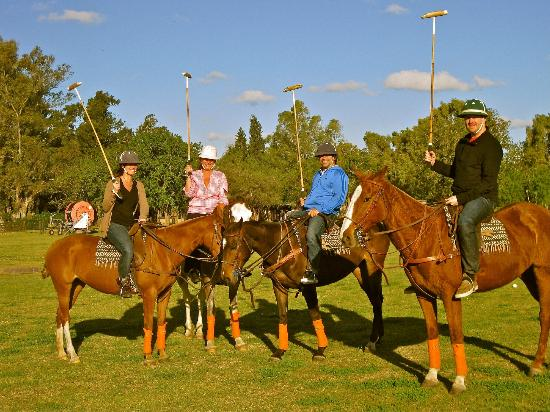 Zelaya, Argentina: First timers trying polo!