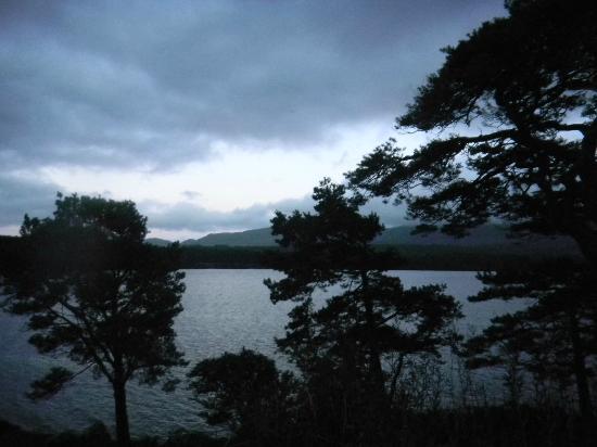 Lake Hotel : lake