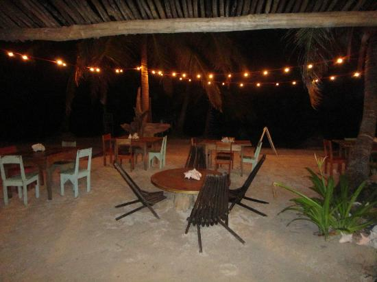 Ak'bol Yoga Retreat & Eco-Resort: Dining area