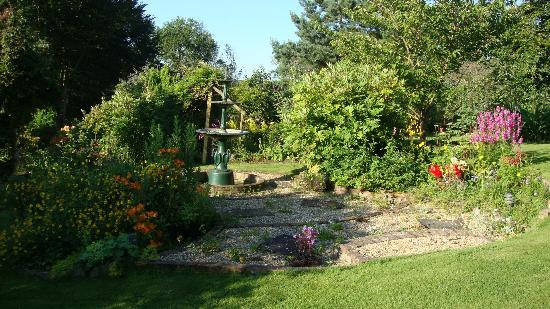 West Ower B&B: Garden