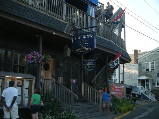 Boathouse Bistro Tapas Lounge & Restaurant: The Boathouse