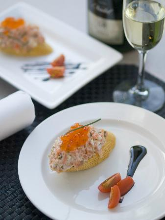 Ondo's Spanish Tapas and Bar: Salmon Pintxo