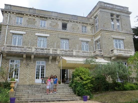 Chateau du Pelave : our breakfast terras