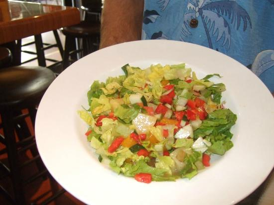 Teddy's Wing Shack: Great salads!