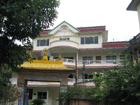 Tharlam Guest House