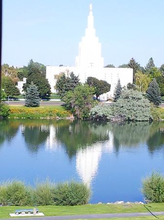 Hilton Garden Inn Idaho Falls: View from our balcony