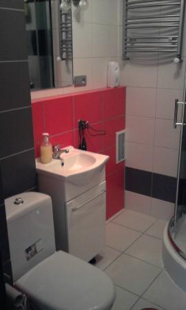 Kolor Hostel: Bathroom