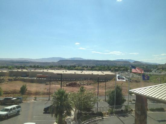 Fairfield Inn St. George: view from 3rd floor