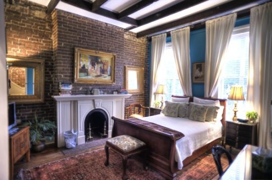 Themed Hotel Rooms In Savannah Ga