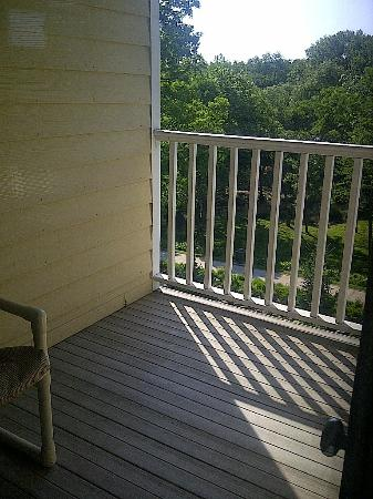 Mill Creek Hotel: Our balcony
