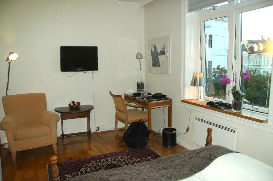 Hotel Park Bergen: Desk area