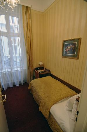 Opera Suites: Mini-Zimmer 115