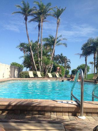 Sanibel Beach Club: Pool