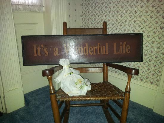 VanCleef Homestead Bed and Breakfast: It's A Wonderful Life Memorabilia