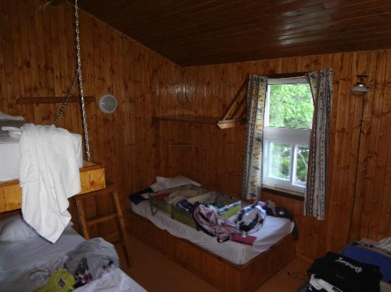 Lacs a Jimmy Outfitter and Cottages: chambre chalet geai bleu