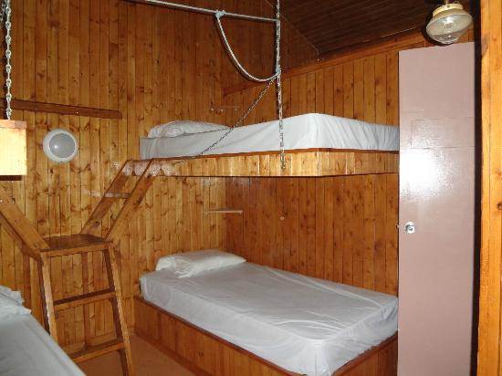 Lacs a Jimmy Outfitter and Cottages: chambre 1 chalet geai bleu