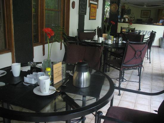 هوتل فيلا رومانتيكا: Dining area 