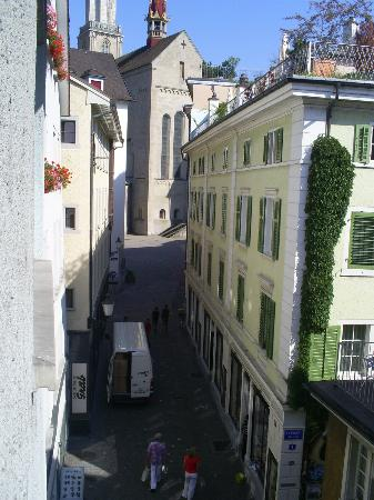 Hotel Rossli : wjue from room 31