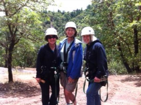 Rogue Valley ZipLine Adventure: Oregon Road Trip 2012