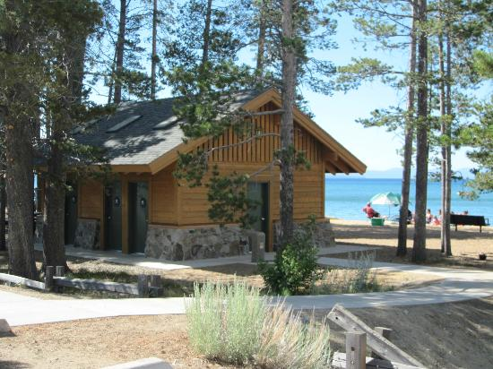 South Lake Tahoe, Kaliforniya: Remodeled restrooms