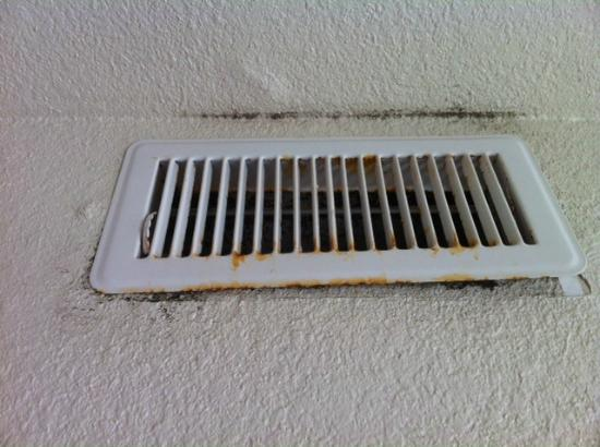 Barrier Island Station - Duck: Vent in bedroom