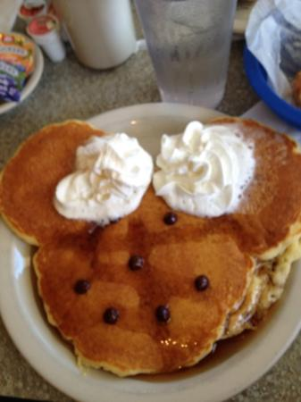 Lenny's Restaurant: my son's breakfast