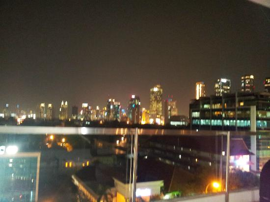 Morrissey Hotel Residences: Jakart skyline at night from the Resident Lounge