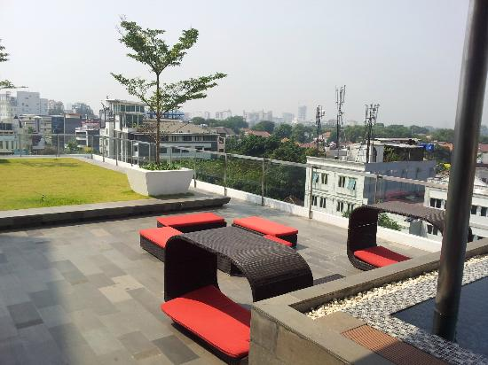 Morrissey Hotel Residences: View of Resident Lounge