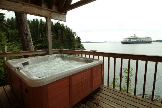 Dove Island Lodge: Cabin Private Deck