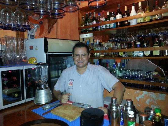 El Murmullo : Oscar, the most sweet and dangerous bartender. Ask for a tequila shot and he'll take good care