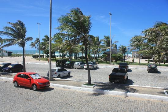 Vila Gale Fortaleza: From the pool looking toward Praia do Futuro
