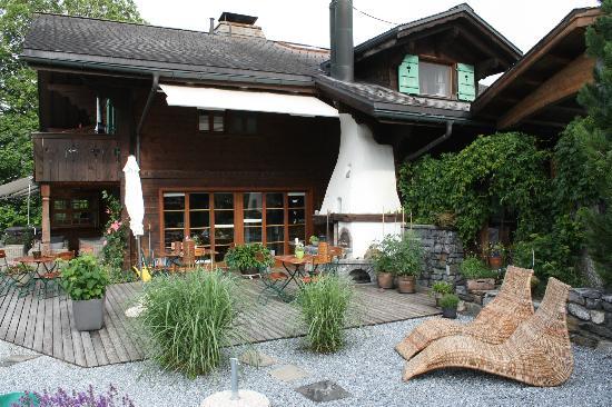 Silvi's Dream Catcher Inn Guesthouse: patio