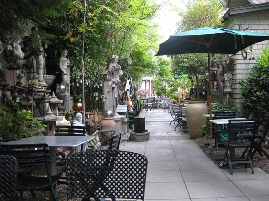 Outdoor Seating At The Restaurant Picture Of Madison Square Laguna Beach Tripadvisor