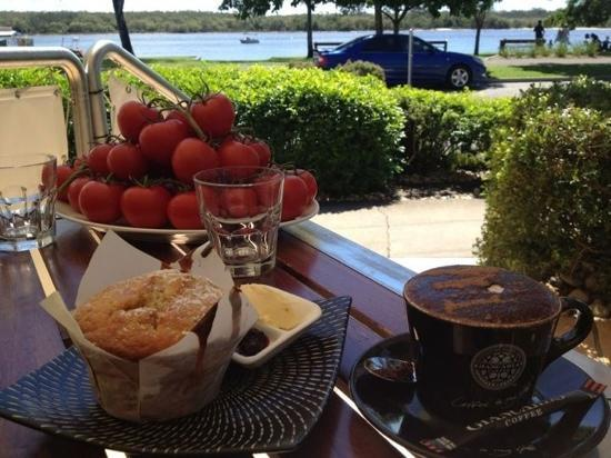 Sirocco Noosa: coffee and muffins are to die for!