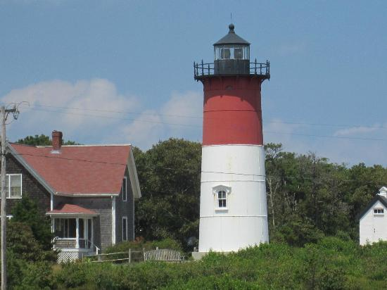 Beach Plum Motor Lodge: Nauset Light House minutes away