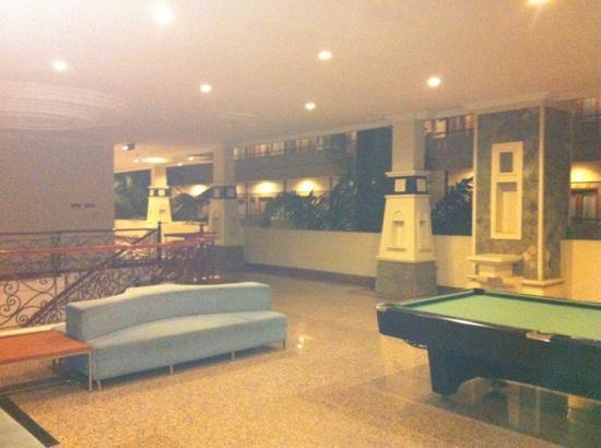 Permata Kuta Hotel by Zeeti International: aufenthaltsbereich
