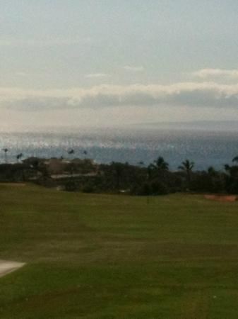 Kaanapali Kai Course at Kaanapali Golf Resort: The picture doesn't do the view justice