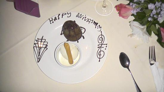 Ngala Lodge Restaurant: mouth watering desserts