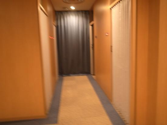 Capsule Inn Hirosaki: ホテル部分廊下