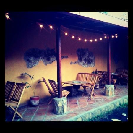 Antorchas bar and bocas : el pasillo