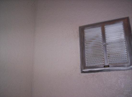 4 A's Inn: vent
