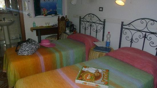 B&B Pompei Il Fauno: room