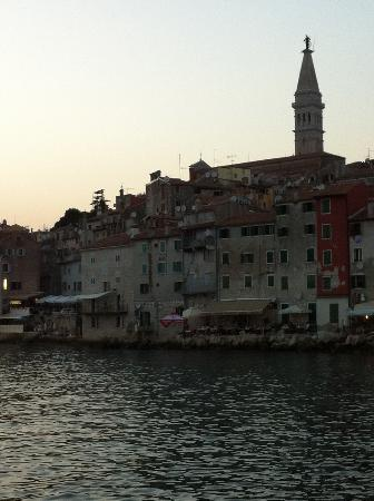 Rooms/Apartments ROMANO: Rovinj old town