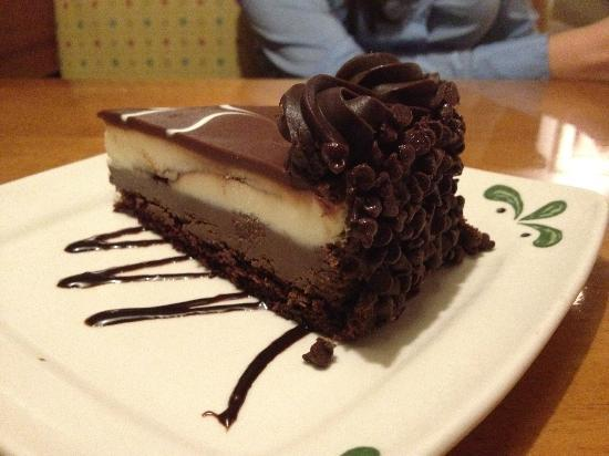 Olive Garden Chocolate Mousse Cake Review