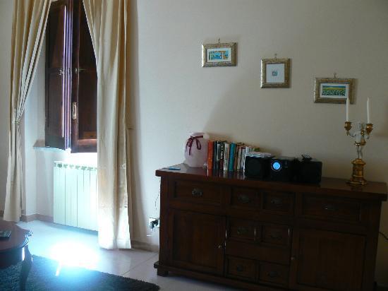 Hotel Castello dei Principi: salon privatif avec chaîne à disposition pour écouter de la musique