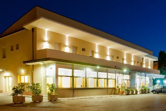 Hotel Ristorante Cesare: getlstd_property_photo
