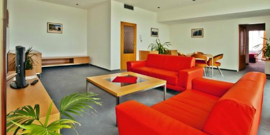 Avanti Hotel: Apartment