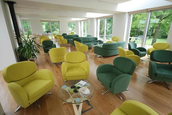 Bed and Breakfast at Woodbrooke: New for 2012: Garden Lounge